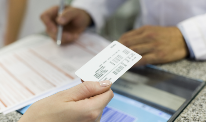 Report: Health insurers should work to earn trust from neutral consumers